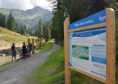 Le panneaux d'accueil du Défis de la rivière.